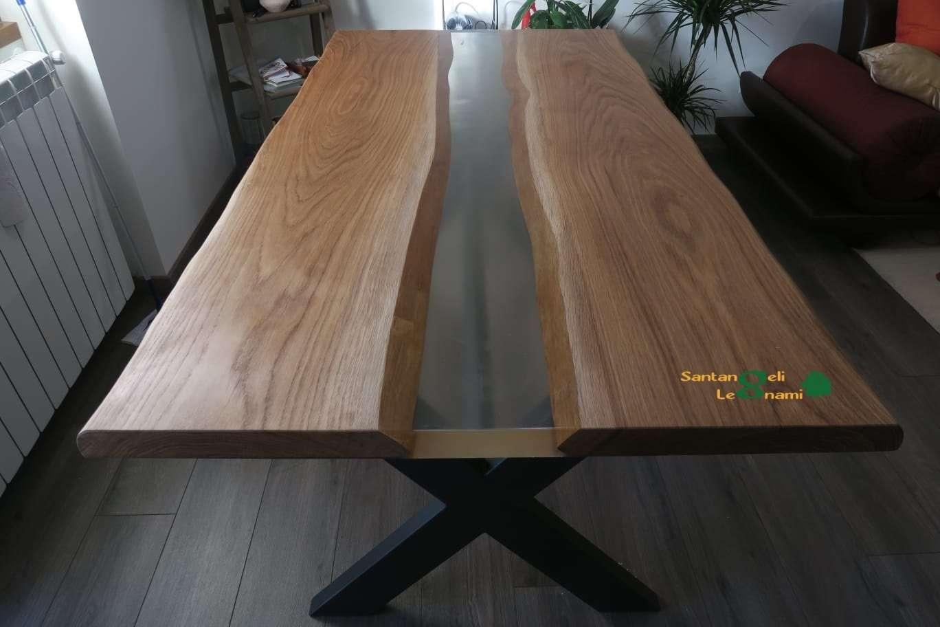 tavolo in legno in resina epossidica