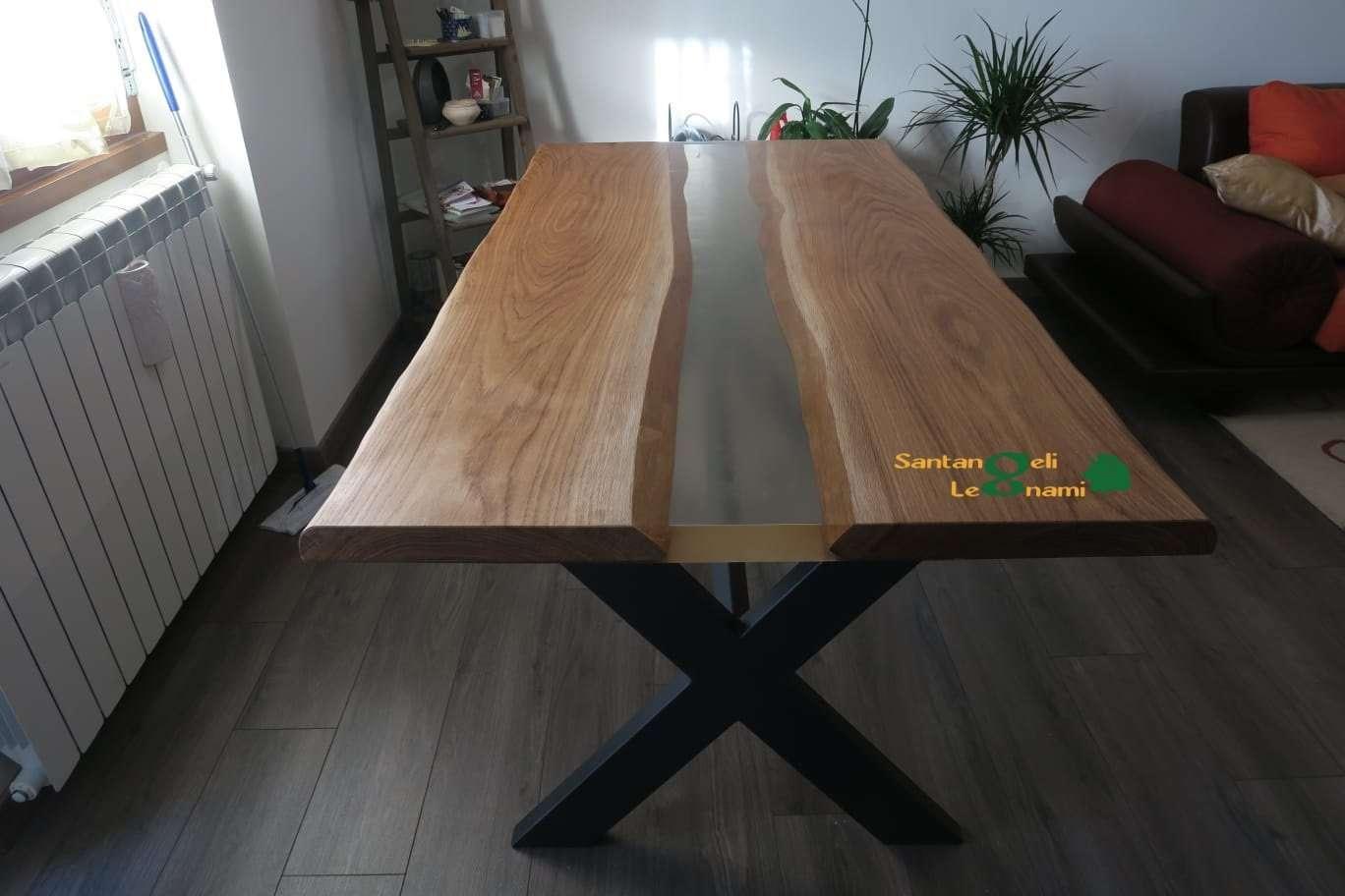 Tavolo in Legno Resina Epossidica